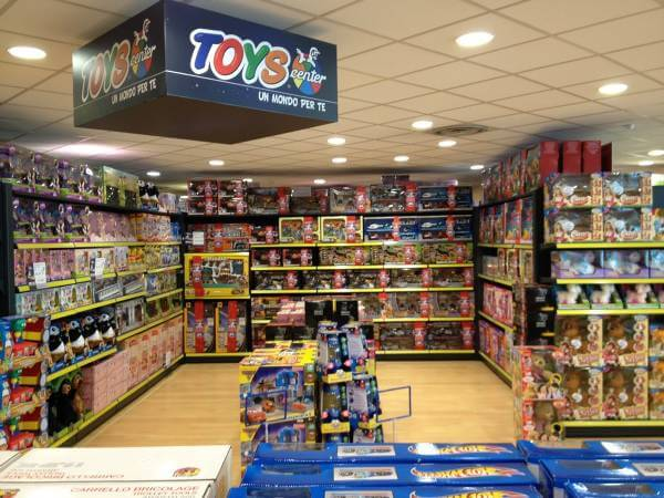 (Fonte: pagina ufficiale Toys Center su Facebook)