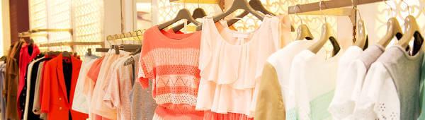 Alcuni capi di abbigliamento prodotti da Noradress