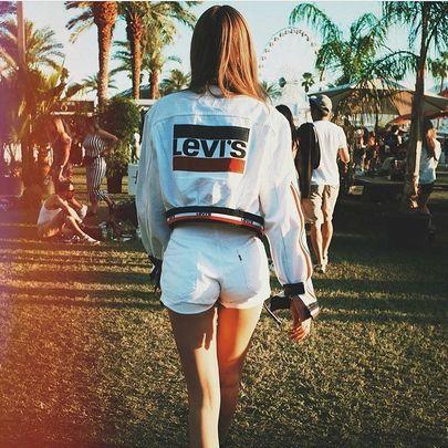 Levi's: la moda a fior di denim