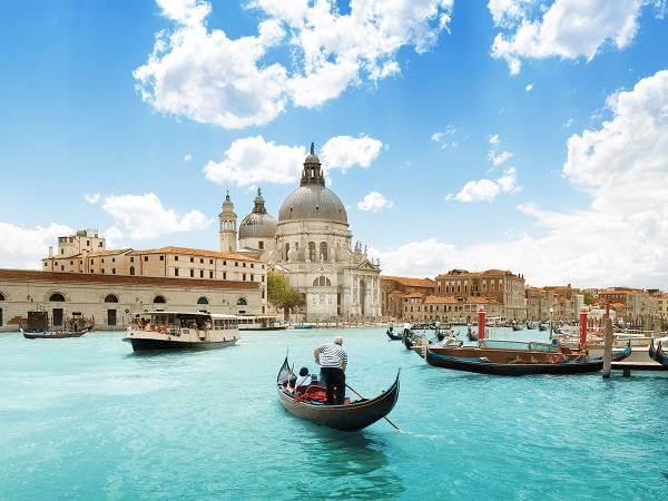 L'approdo di FlixBus sulla Penisola italiana