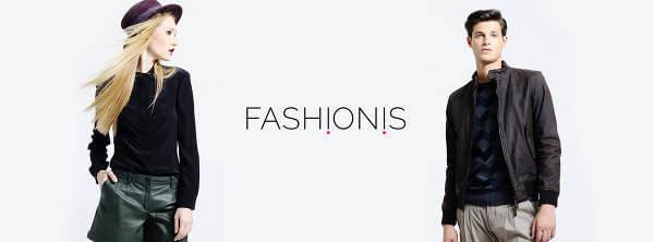 Modelli illustrano capi di alta moda in vendita presso Fashionis.com