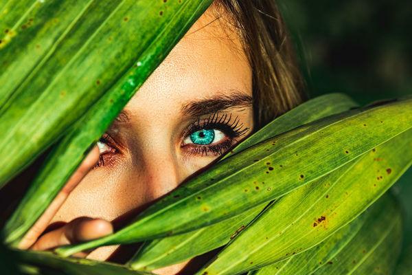 Lenti a contatto o colore naturale?