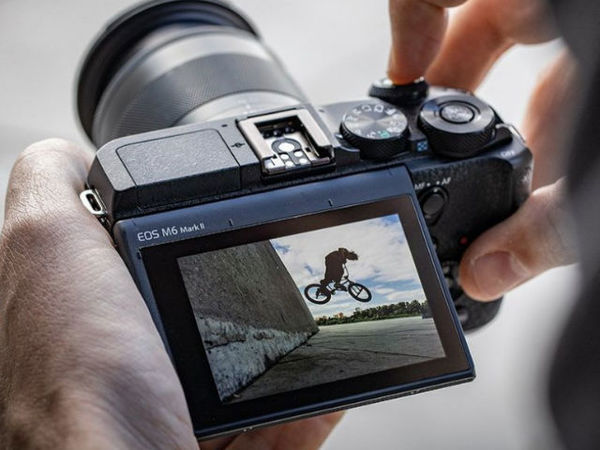 Fotocamera EOS M6 Mark II può registrare video in 4K fino a 30p e Full HD